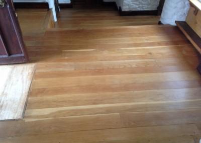 Oak floor before (Small)