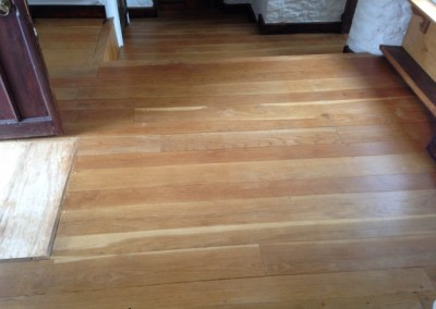 Oak floor before (Small)
